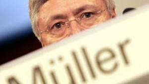 Müller kündigt Offensive im Privatkundengeschäft an