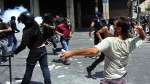 Griechen machen mobil gegen Sparpaket