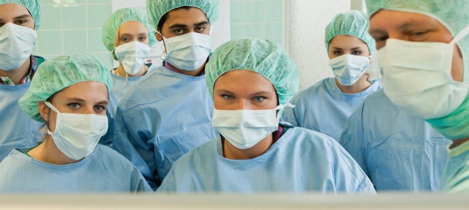 Online-Bewertungsportale: Kliniken scheuen den Vergleich im Internet
